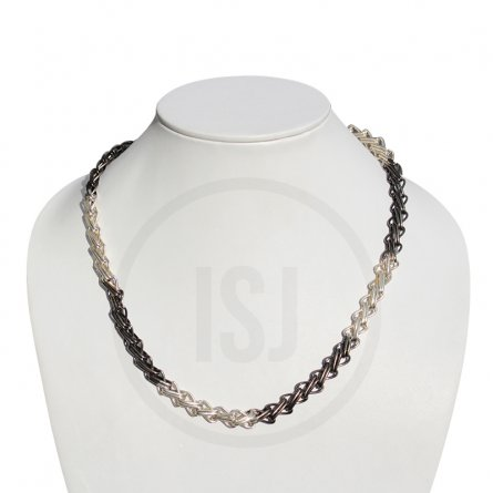 Fashionable Men's Chain In Link Design