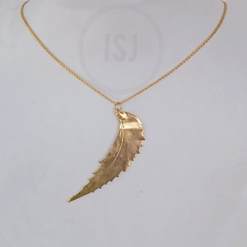 Classy Gold plated Leaf Pendant For Women Without Chain